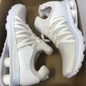 Nike Women's Shox Gravity Shoes, 7.5 US